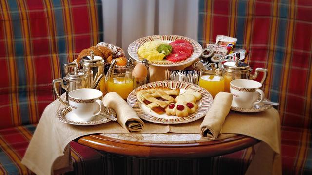 Breakfast 6