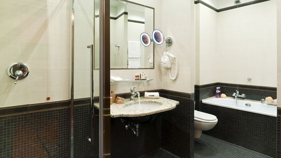Splendid_Junior_Suite_Bagno_3_HR.jpg